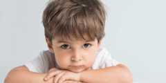 التعامل مع الطفل المتأخر لغويًا