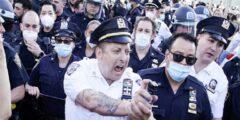الولايات المتحدة سريان حظر التجول باستخدام القوة