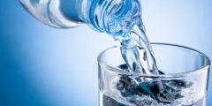 شرب الماء على معدة فارغة: العلاج المذهل لجميع أمراض الجسم تقريباً