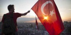 عادات وتقاليد الشعب التركي .. تعرف على أدق العادات التركية وأسلوب الحياة هناك