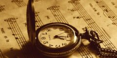 اختراع الساعة البندولية وتطورها