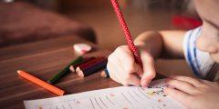 كيف تنمي الكتابة الإبداعية لدى طفلك؟ ولم عليك فعل ذلك؟